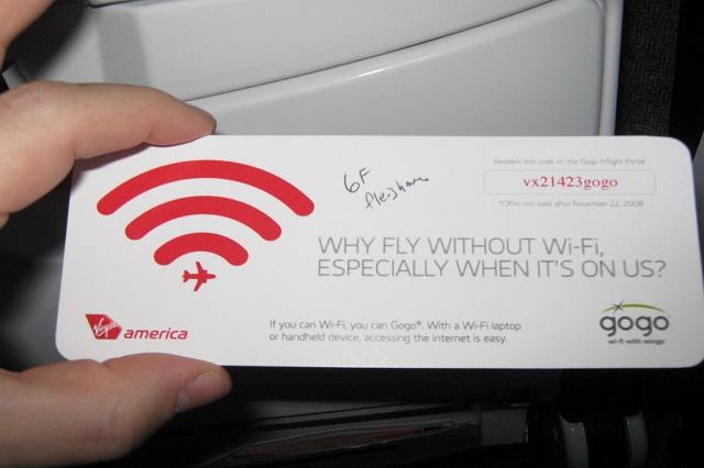 Sử dụng wifi thả ga trên máy bay hãng Japan Airlines